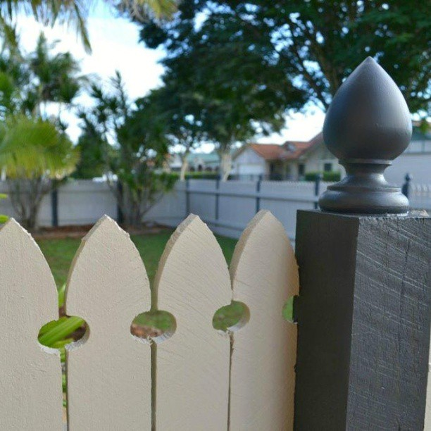 front fence 2