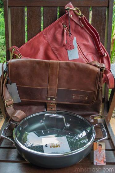 bag, satchel, frypan