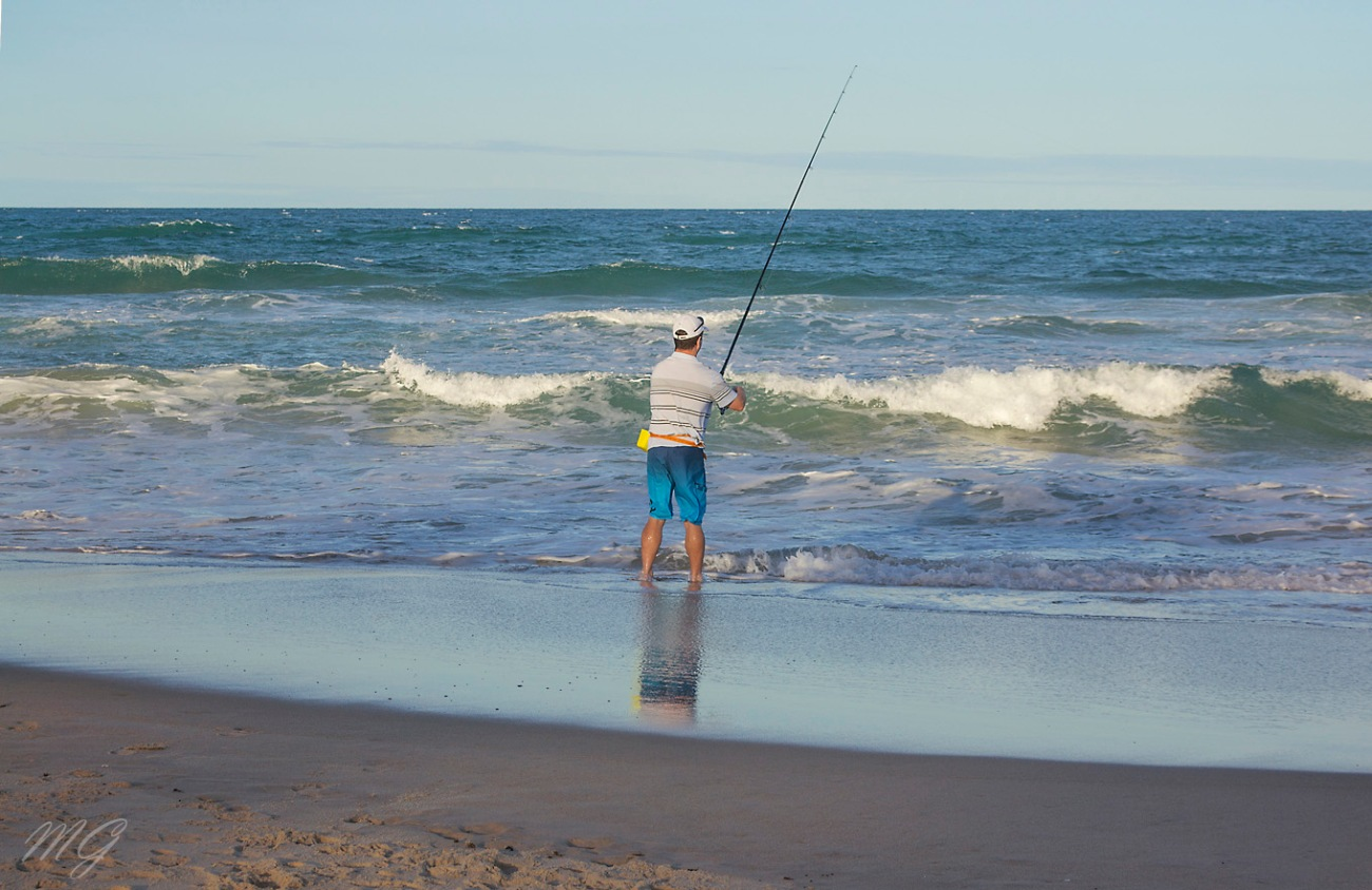 fishing, surf fishing, man fishing